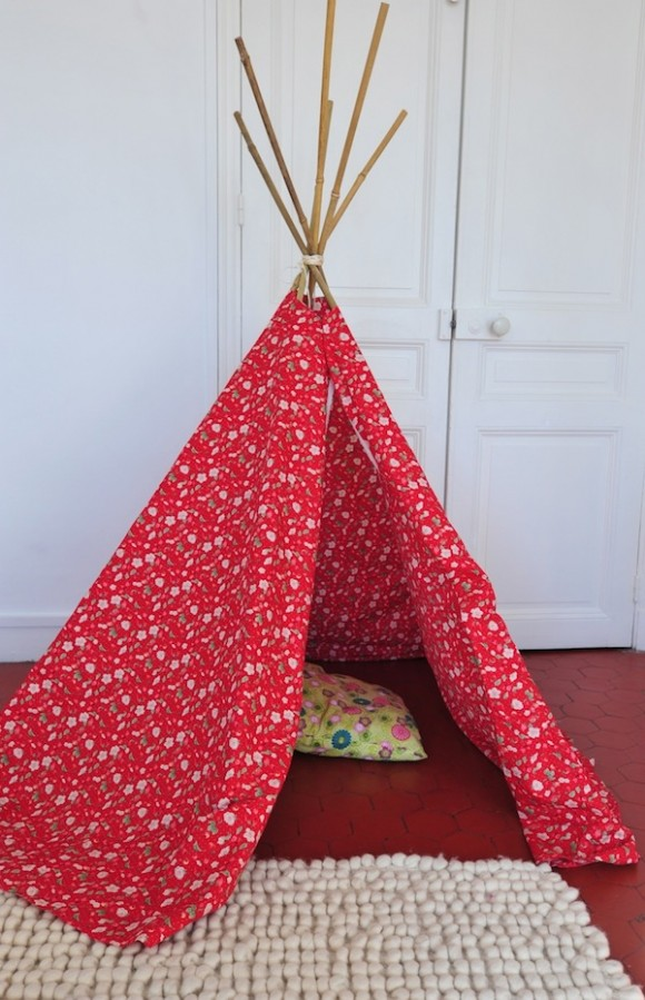 le tipi de zo dans les toiles dailykids. Black Bedroom Furniture Sets. Home Design Ideas