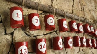 Recycled-Tin-Can-Advent-Calendar